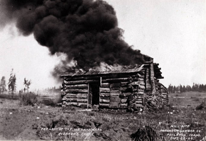 item thumbnail for Pioneer's cabin in Potlatch [01]