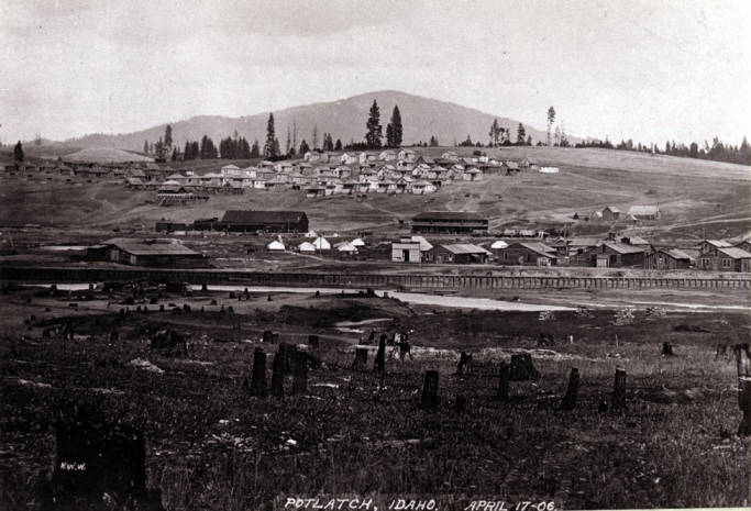 item thumbnail for Looking northeast at Potlatch [02]