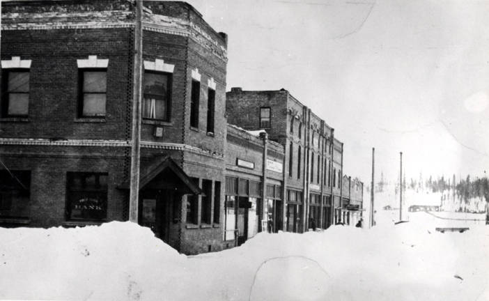 item thumbnail for Looking west at the south side of Main Street in Bovill