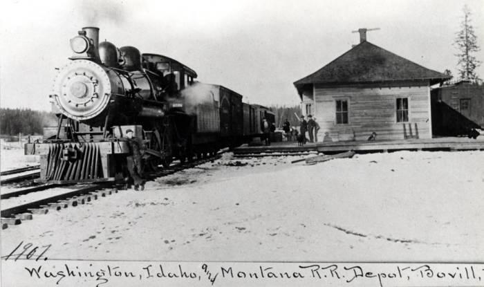 item thumbnail for W.I.&M. [Washington, Idaho & Montana] Railway train and depot in Bovill [02]