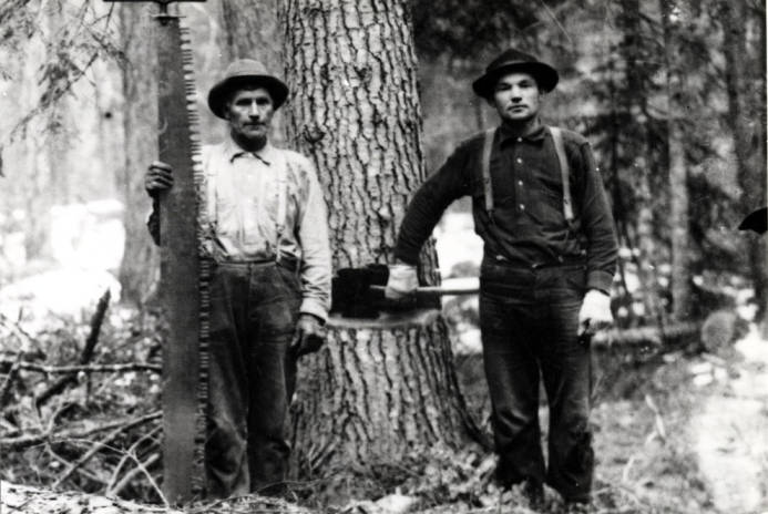 item thumbnail for Lumberjacks pose for photo