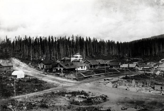 item thumbnail for Building under construction at Elk River