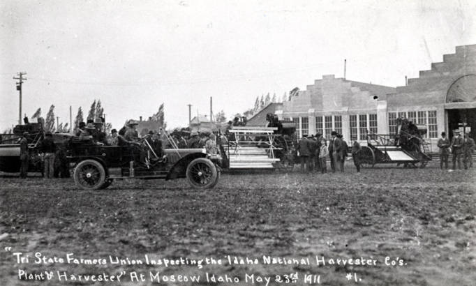item thumbnail for Tri State Farmers Union Inspecting Idaho National Harvester and plant
