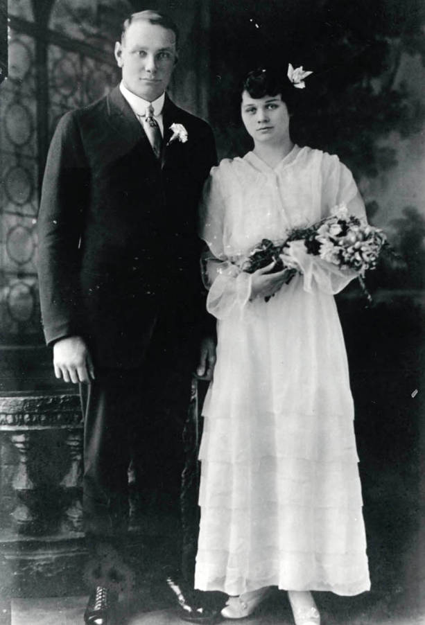 item thumbnail for Wedding portrait of Ed and Ida Soncarty