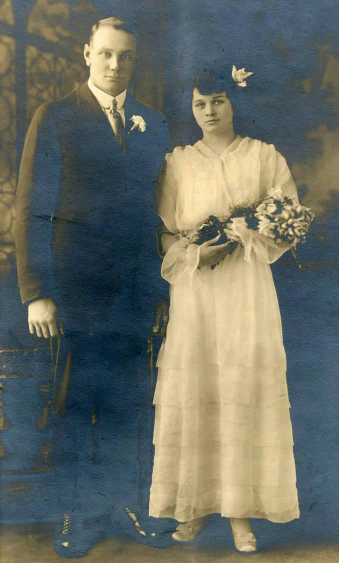 item thumbnail for Edd and Ida Soncarty Wedding