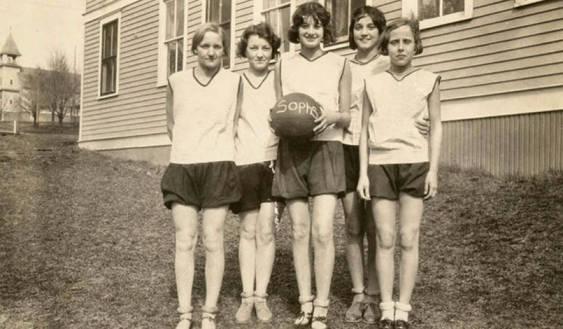 item thumbnail for Potlatch High School sophomore girl's basketball team