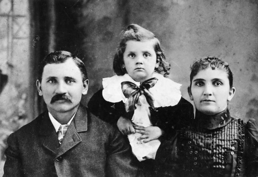 item thumbnail for John Matthew Nirk family portrait