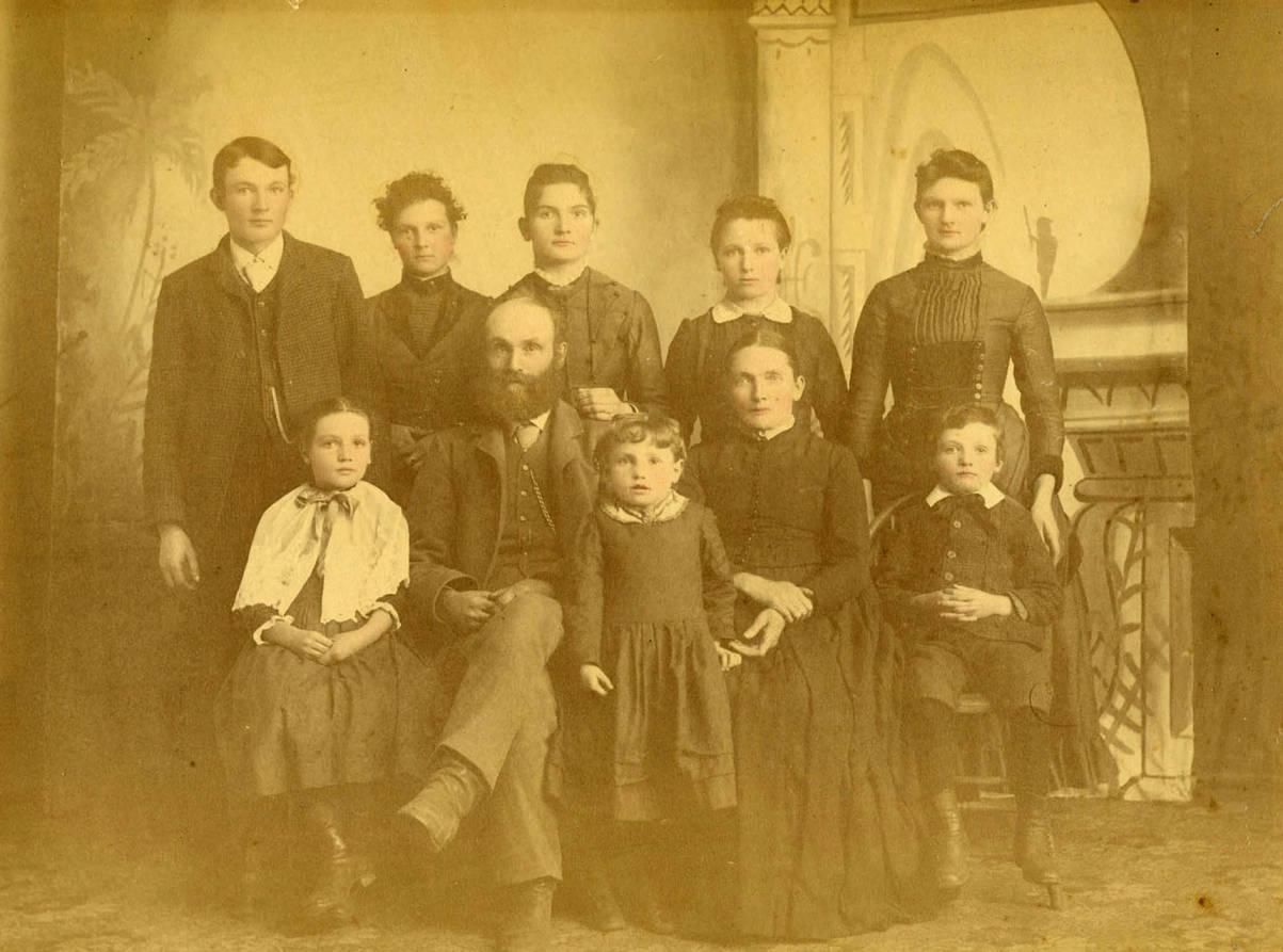 item thumbnail for Allen family portrait