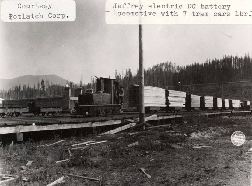 item thumbnail for Jeffery Electric DC Battery Locomotive