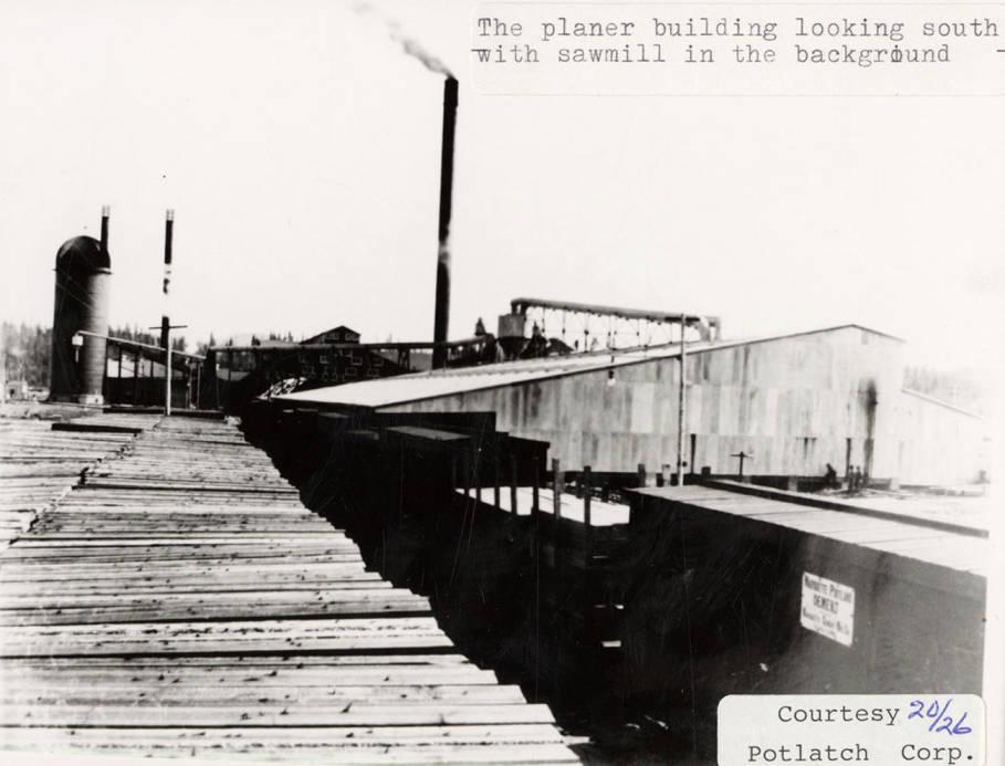 item thumbnail for Planer Building