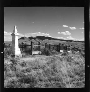 item thumbnail for Bannack (Mont.), Cemetery, 1959 [1]