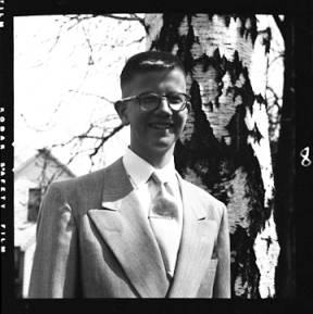 item thumbnail for Laughlin family, 1952 [3]