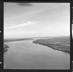 item thumbnail for Mississippi River, 1961 [1]