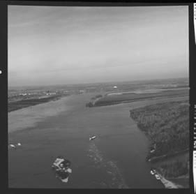 item thumbnail for Mississippi River, 1961 [3]