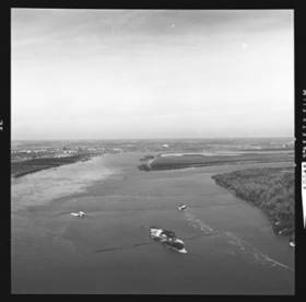 item thumbnail for Mississippi River, 1961 [4]