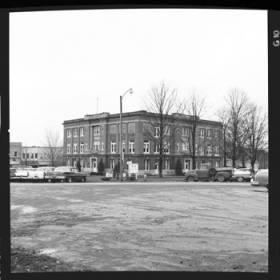 item thumbnail for Ozark (Mo.), Courthouse, 1961 [1]