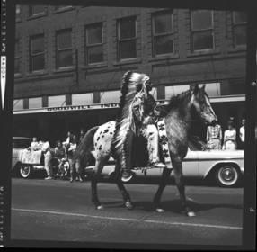 item thumbnail for Lewiston (Idaho),  Parade, 1961 [7]