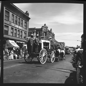 item thumbnail for Lewiston (Idaho),  Parade, 1961 [12]