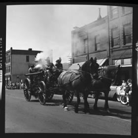 item thumbnail for Lewiston (Idaho),  Parade, 1961 [18]