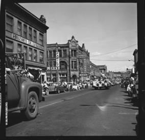 item thumbnail for Lewiston (Idaho),  Parade, 1961 [23]