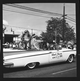 item thumbnail for Lewiston (Idaho),  Parade, 1961 [25]