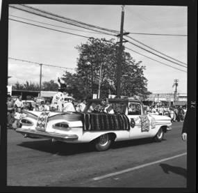 item thumbnail for Lewiston (Idaho),  Parade, 1961 [29]