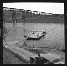 item thumbnail for Lyons Ferry (Wash.), Union Pacific trestle, 1961 [2]