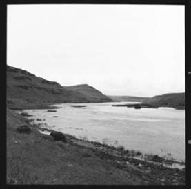 item thumbnail for Snake River (Wash.), 1944 [4]
