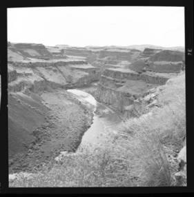 item thumbnail for Palouse Falls (Wash.), 1961 [4]
