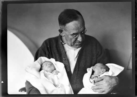 item thumbnail for Dad Ward holding John and Helen Laughlin [2]