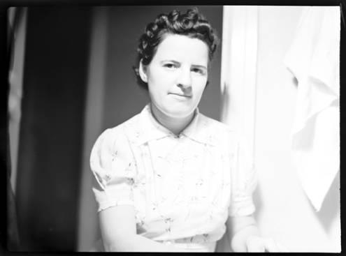 item thumbnail for Nettie Ratcliffe, 1939