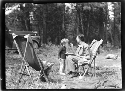 item thumbnail for John and Marguerite Laughlin, 1940