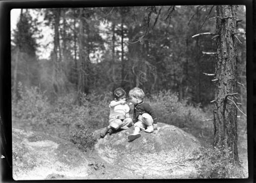 item thumbnail for Kay and John Laughlin, 1940