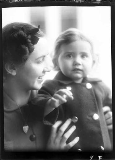 item thumbnail for Kay Laughlin with Aunt Genie, 1938 [2]