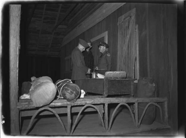 item thumbnail for National Guard trip, 1942 [2]