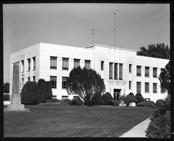 item thumbnail for County Courthouse Washington, 1967