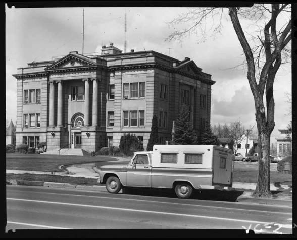 item thumbnail for County Courthouse Twin Falls, 1967