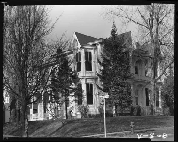 item thumbnail for Moscow (Idaho), McConnell Mansion [1]