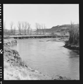 item thumbnail for Palouse River below the bridge at Staley's Ranch [2]