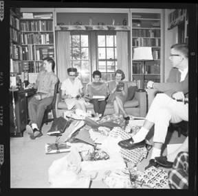 item thumbnail for Laughlin family at Christmas, 1959 [6]