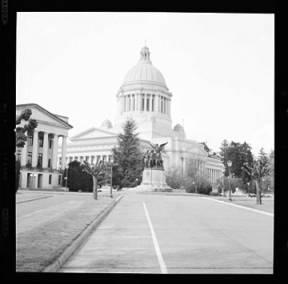 item thumbnail for Washington State capitol building, 1960 [2]