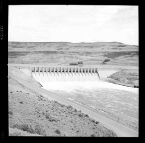 item thumbnail for Grand Coulee Dam (Wash.), 1939 [4]