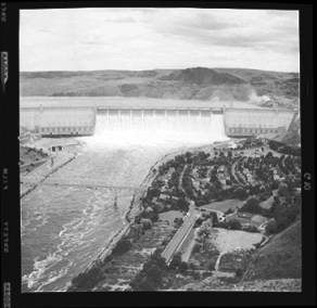 item thumbnail for Grand Coulee Dam (Wash.), 1939 [5]