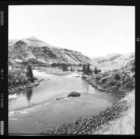 item thumbnail for Salmon River (Idaho), 1960 [4]