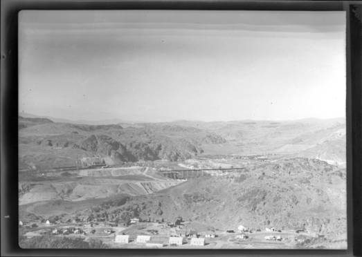 item thumbnail for Grand Coulee Dam (Wash.), 1939 [1]
