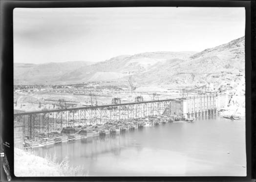 item thumbnail for Grand Coulee Dam (Wash.), 1939 [3]