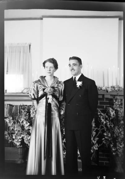 item thumbnail for Gleason wedding (Idaho), 1937 [2]