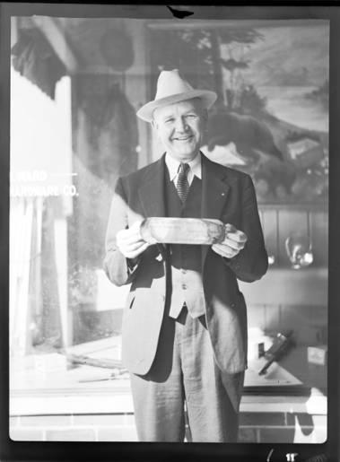 item thumbnail for Fishing contest, 1937 [1]