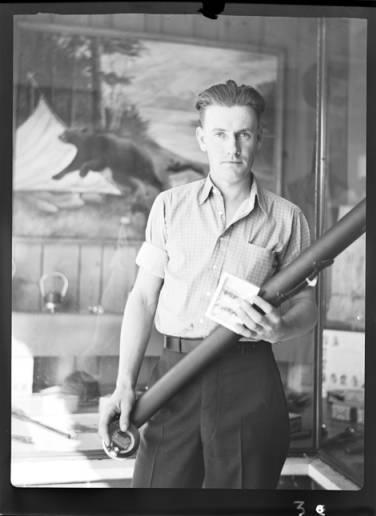 item thumbnail for Fishing contest, 1937 [3]
