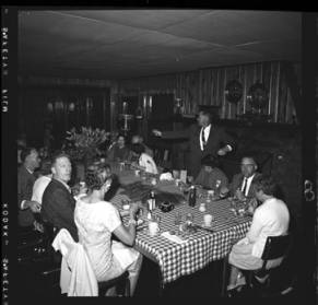 item thumbnail for Lake Coeur D'Alene (Idaho), people having dinner, 1959 [2]